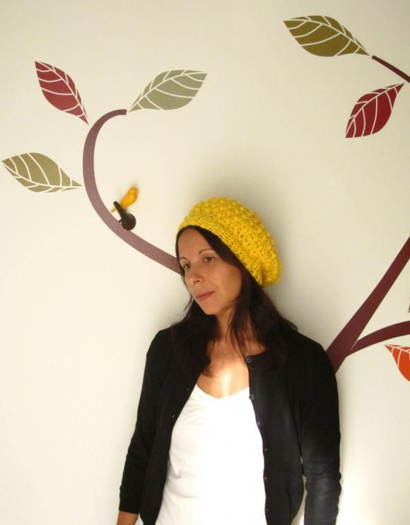 The raspberry beret. Fun crochet cloche hat in canary yellow